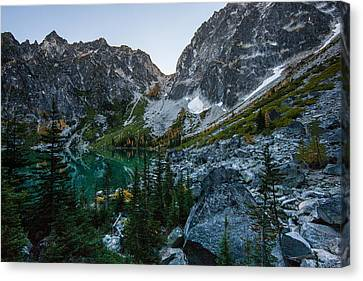 On To Aasgard Pass Canvas Print by Mike Reid