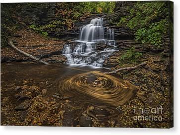 Canvas Print featuring the photograph Onandaga Falls by Roman Kurywczak