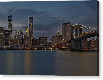 One World Trade Center And The Brooklyn Bridge Canvas Print by Susan Candelario