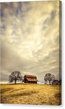 Ono Barn Canvas Print by Randy Wood