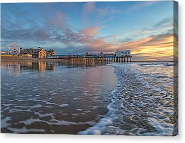 OOB Canvas Print by Stephen Beckwith