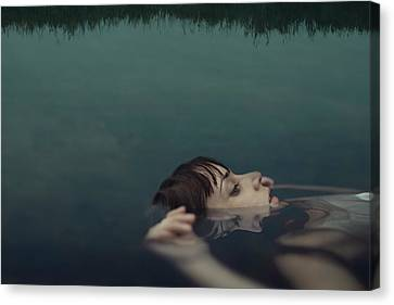 Ophelia Canvas Print by Claudia M?ndez Cordero