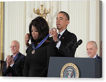 Oprah Winfrey Medal Of Freedom Canvas Print
