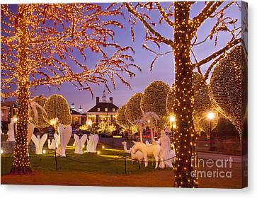 Opryland Hotel Christmas Canvas Print by Brian Jannsen
