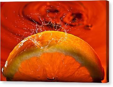 Orange Freshsplash 2 Canvas Print by Steve Gadomski