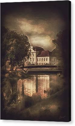 Oranienburg Palace Canvas Print by Gynt