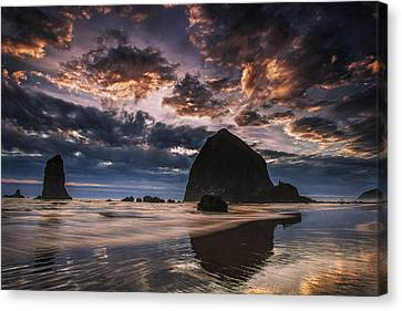 Oregon Coastal Sunset Canvas Print