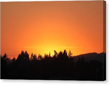 Oregon Sunset Canvas Print by Melanie Lankford Photography