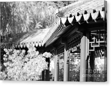 Canvas Print featuring the photograph Oriental Roof #2 by George Mount