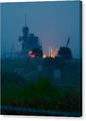 Orion Eft-1 Liftoff Canvas Print