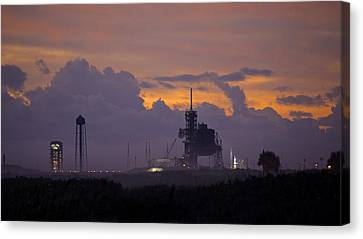 Orion Waiting For Daylight Canvas Print