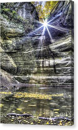 Ottawa Canyon At Starved Rock Canvas Print by Twenty Two North Photography