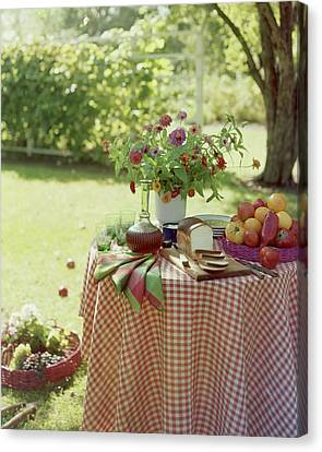 Outdoor Lunch In The Shade Of A Tree Canvas Print by Wiliam Grigsby