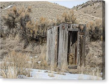 Outhouse With Horseshoe Canvas Print by Sue Smith