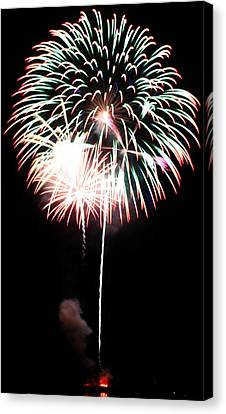 4th Of July Fireworks 4 Canvas Print by Howard Tenke