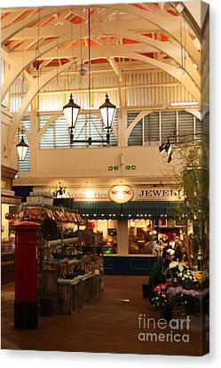 Oxford's Covered Market Canvas Print by Terri Waters