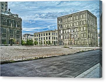Pabst Brewery Abandonded Seen Better Days Pabst In Milwaukee Blue Ribbon Beer Canvas Print by Lawrence Christopher