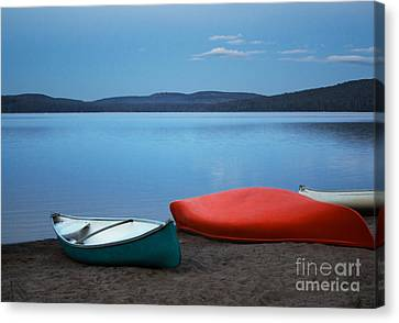 Paddle's End Canvas Print by Barbara McMahon