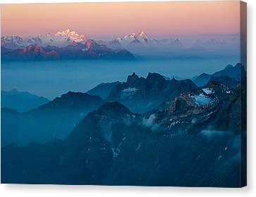 Paints Of Dawn Canvas Print