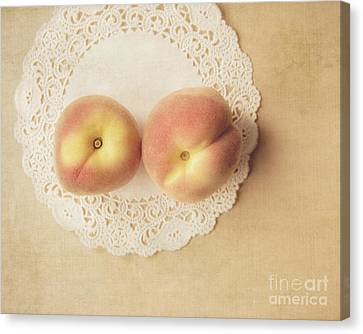 Pair Of Peaches Canvas Print by Jillian Audrey Photography