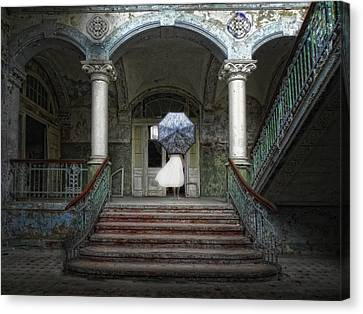 Palace Of The Forgotten Dreams Canvas Print by Joachim G Pinkawa