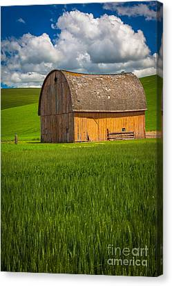 Palouse Yellow Barn Canvas Print by Inge Johnsson