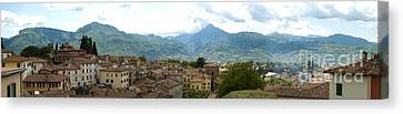 Panoramic View Barga And Apennines Italy Canvas Print by Peter Noyce