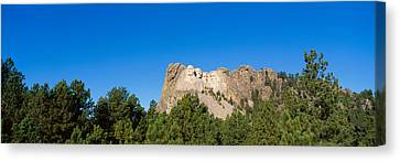 Panoramic View Of Mount Rushmore Canvas Print by Panoramic Images
