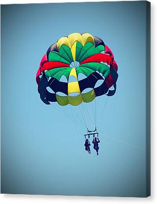Parasailing At Roanoke 3 Canvas Print by Cathy Lindsey