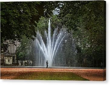 Bruxelles Canvas Print - Parc De Bruxelles Fountain by Joan Carroll