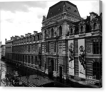 Paris Black And White Vintage Louvre Photography - Paris Louvre Museum Architecture  Canvas Print by Kathy Fornal