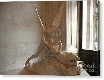 Paris Eros Psyche Sculpture - Eros And Psyche Romantic Lovers Monument At Louvre Canvas Print by Kathy Fornal