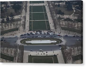 Paris France - Eiffel Tower - 01135 Canvas Print by DC Photographer