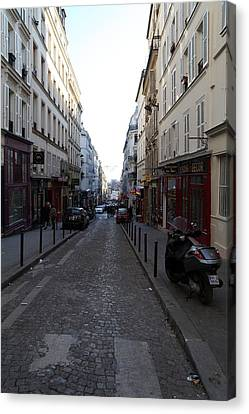 Paris France - Street Scenes - 01133 Canvas Print by DC Photographer