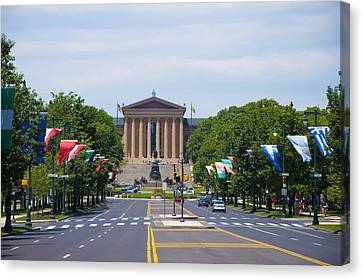 Benjamin Franklin Canvas Print - Parkway View Of The Museum Of Art by Bill Cannon