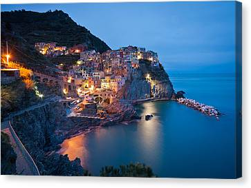 Path To Manarola Canvas Print