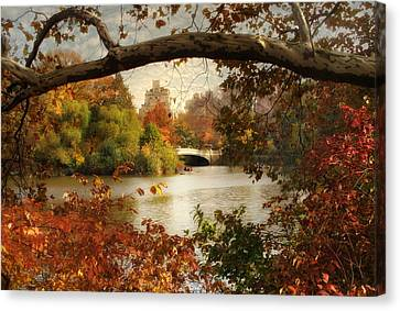 Peak Autumn In Central Park Canvas Print