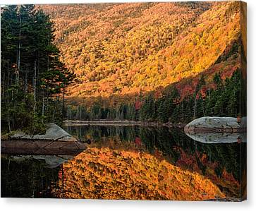 Canvas Print featuring the photograph Peak Fall Foliage On Beaver Pond by Jeff Folger