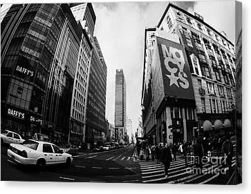 Pedestrians Crossing Crossway At Macys At Broadway And 34th Street Herald Square Canvas Print by Joe Fox