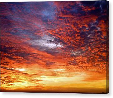 Perfect Ending Canvas Print by Michael Durst
