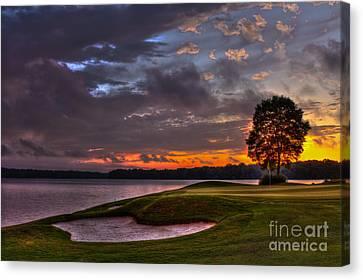 Perfect Golf Sunset In Reynolds Plantation Canvas Print by Reid Callaway