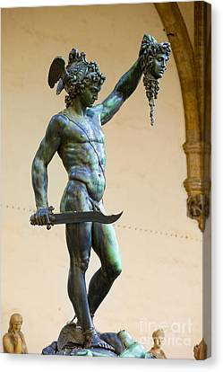 Perseus And Medusa Canvas Print by Brian Jannsen