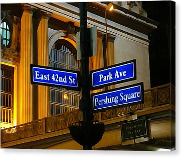 Pershing Square At Grand Central Terminal Canvas Print by Dan Sproul