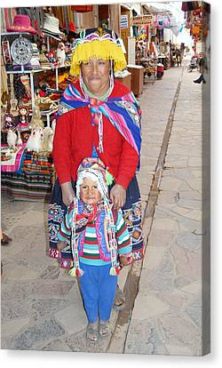 Peruvian Mother And Child Canvas Print by Eva Kaufman