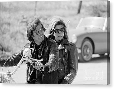 Peter Fonda And Nancy Sinatra In The Wild Angels Canvas Print