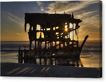 Peter Iredale Shipwreck Sunset Canvas Print by Mark Kiver