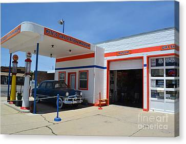 Canvas Print featuring the photograph Pete's Gas Station by Utopia Concepts