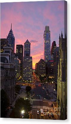 Philadelphia City Center At Sunset Canvas Print by Perry Van Munster