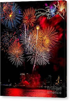 Philly Fireworks 2014 Canvas Print by Nick Zelinsky