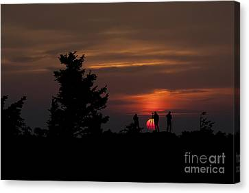 Photographers Shooting Sunrise At Bear Rocks Canvas Print by Dan Friend